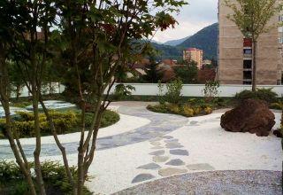 (Română) Terasă verde intensivă - o grădină japoneză ZEN - complex rezidențial Neorama Brașov