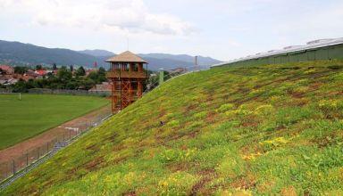 A legnagyobb kelet-európai félhenger alakú zöldtető